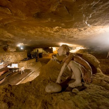 la-terre-d-or-beaune-grotte-11