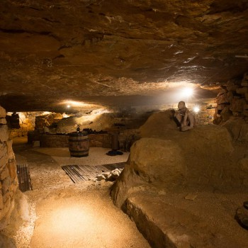 la-terre-d-or-beaune-grotte-8